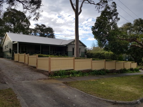 Picket Fencing in Melbourne