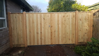 Feature Paling Fence with Double Gates in Boronia